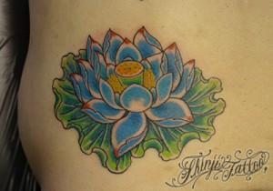 蓮の花の刺青(タトゥー)  Shinji Tattoo